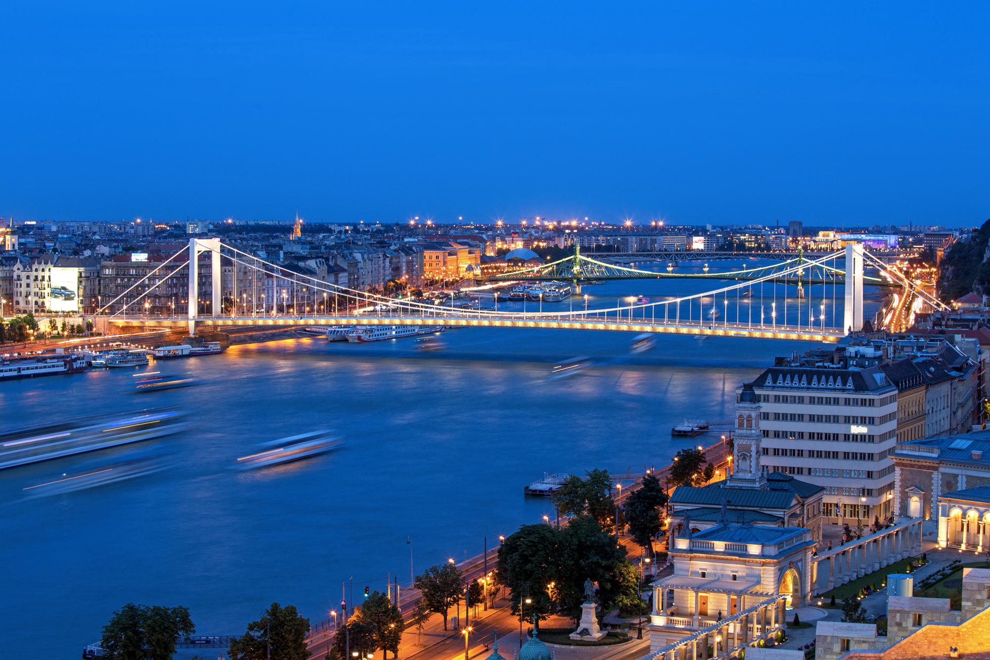 伊丽莎白桥  Erzsébet Híd   -4