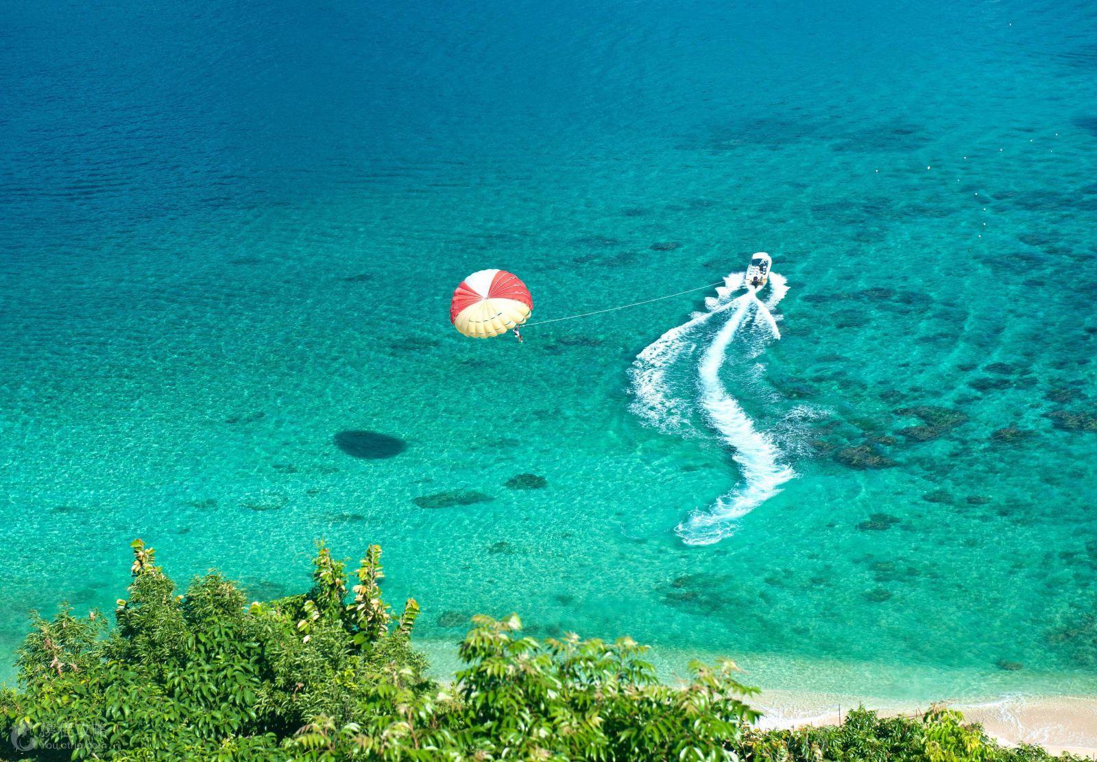 海南+三亚6日5晚跟团游 双飞.海景+海边酒店.海洋秀.拉网捕鱼.0自费图片