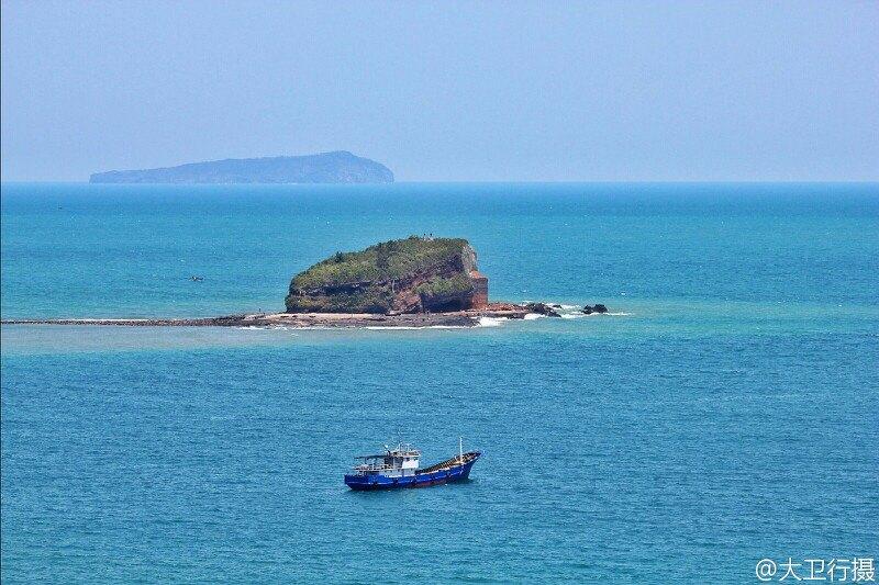 随手拍# 五颜六色的涠洲岛