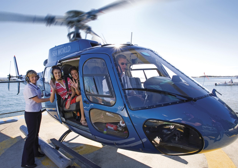 澳大利亚悉尼 墨尔本 黄金海岸 新西兰奥克兰 罗托鲁瓦11日跟团游 4钻 直飞 海洋世界 直升机体验 农庄 毛利文化