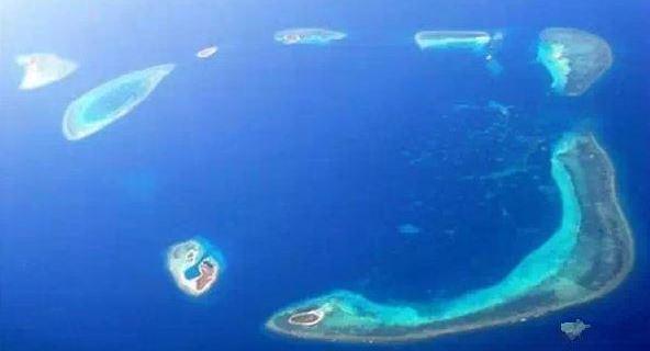 关注携程攻略社区微信号,回复相机抽奖送相机 西沙群岛,它虽然属于我们的国土。但是大家对其知之甚少,从去年十月开始西沙群岛已经半开放了旅行。这片群岛人迹罕至,一直属于咱们国家不被开放的海域,因此生态环境保护的极好,是名符其实的世外桃源。  在那云飞浪卷的南海上,有一串明珠闪耀着银光,绿树银滩风光如画,辽阔的海域无尽的宝藏西沙,西沙,祖国的宝岛,我可爱的家乡一首《西沙,我可爱的家乡》唤起了无数人对西沙群岛的向往。  西沙自古以来就是海上丝路的交通枢纽,千百年来,无数满载着陶瓷、丝绸、香料、胡椒等货物的商船经此