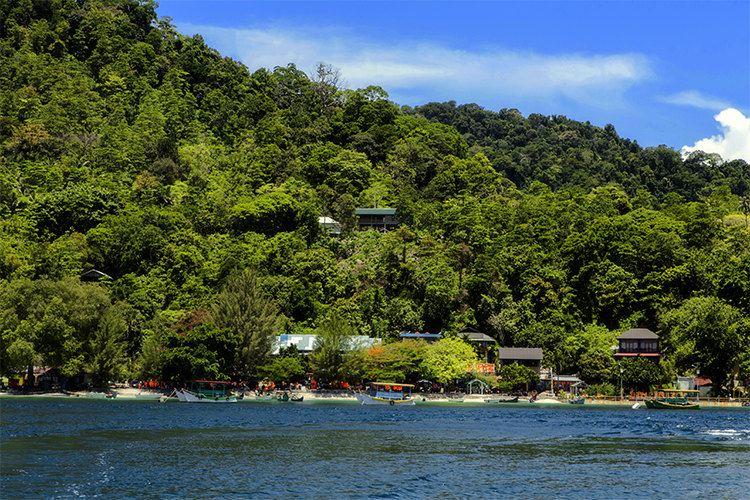 印度尼西亚国土零公里处的诗巴丹—韦岛