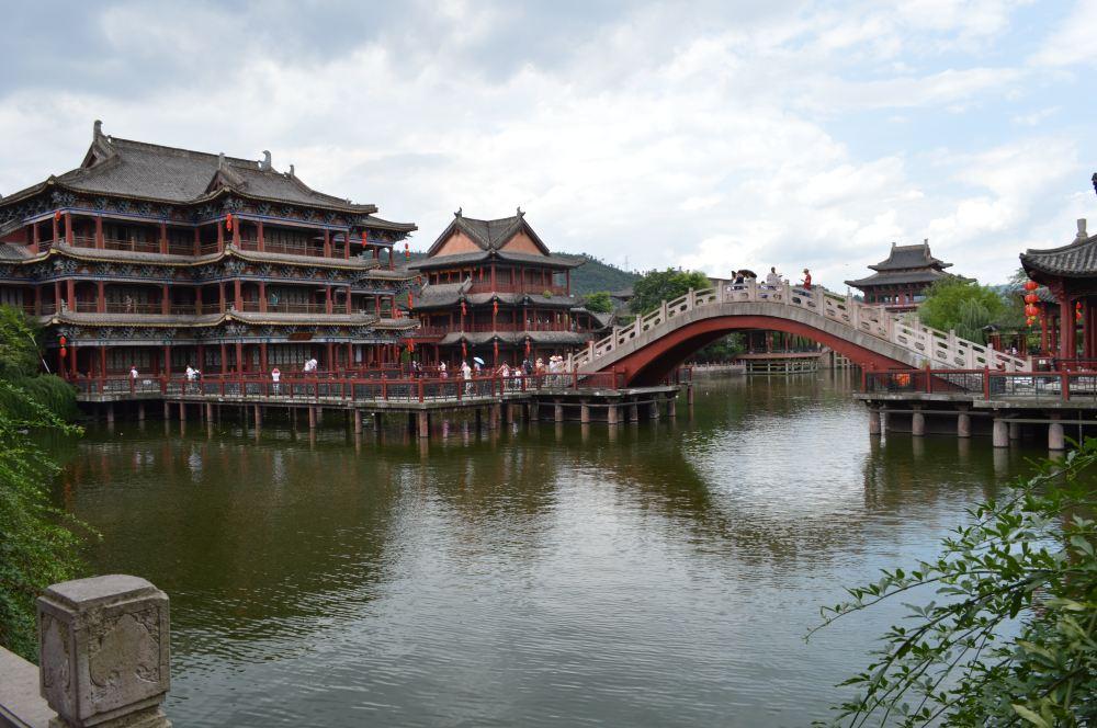 杭州逃脱:横店影视城、福州孤山,我来了-横店攻略密室出发主题度的真人图片