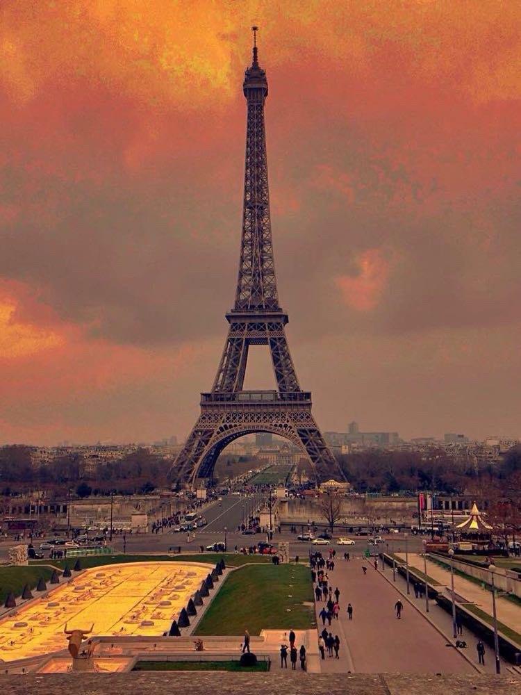 美丽的巴黎铁塔