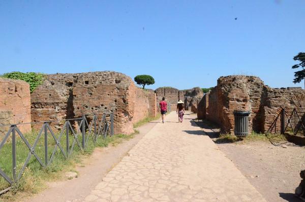 罗马古迹任自游 (2-2)帕拉丁山,君士坦丁凯旋门和斗兽