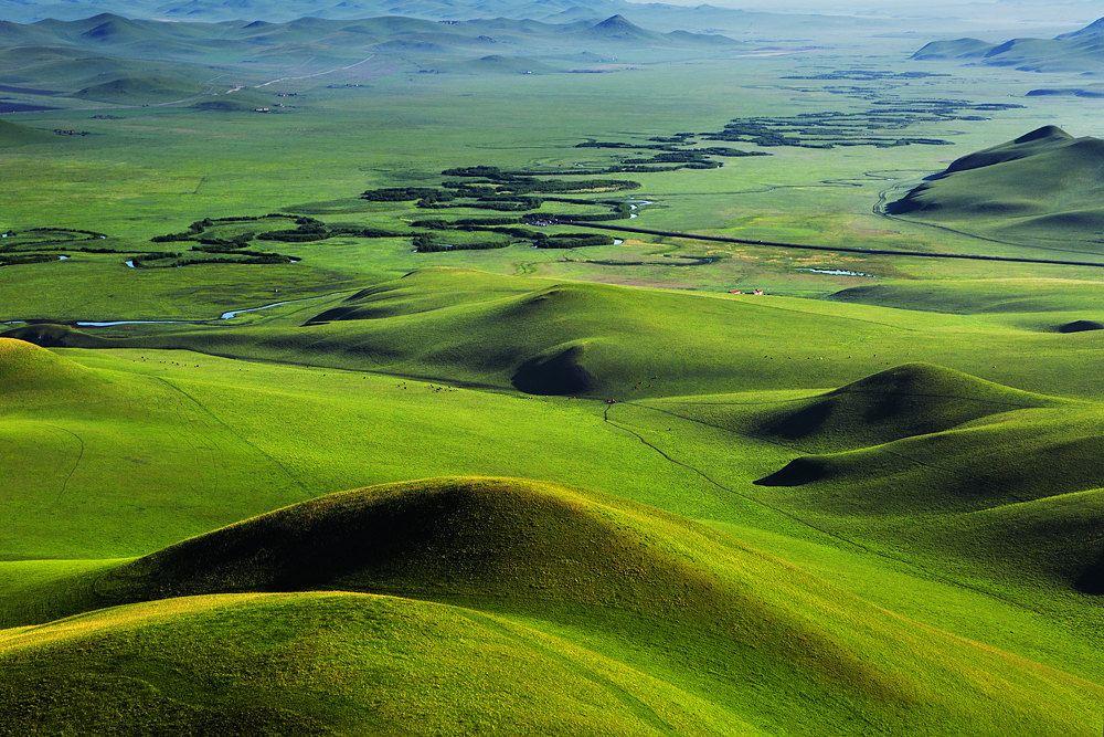 从锡林浩特到乌拉盖草原和克什克腾旗一线道路修得 ...