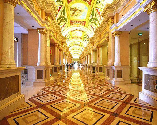 步入欧式大堂已能感受高贵典雅的气派和浓郁的欧洲