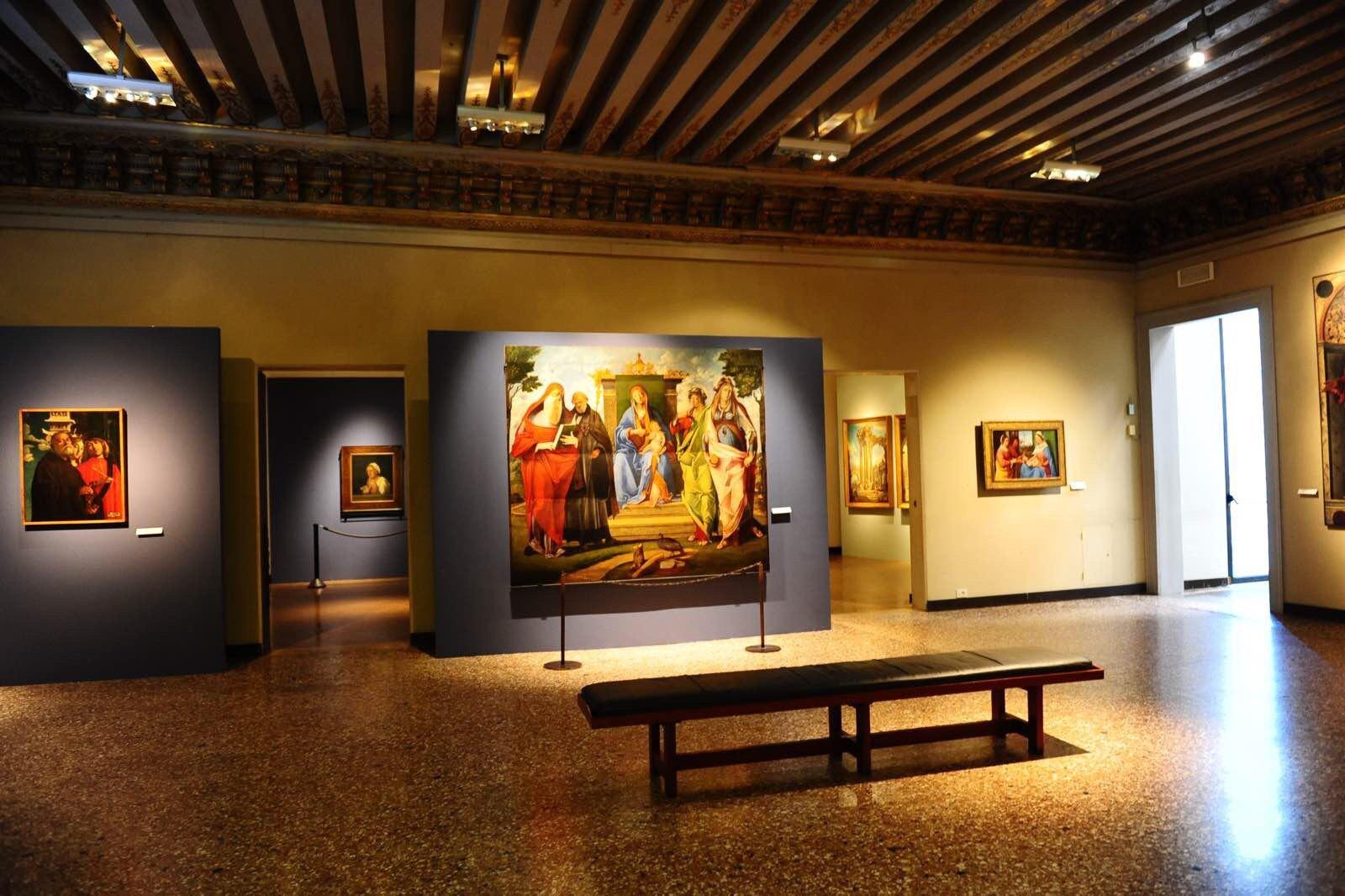 威尼斯美术学院画廊图片