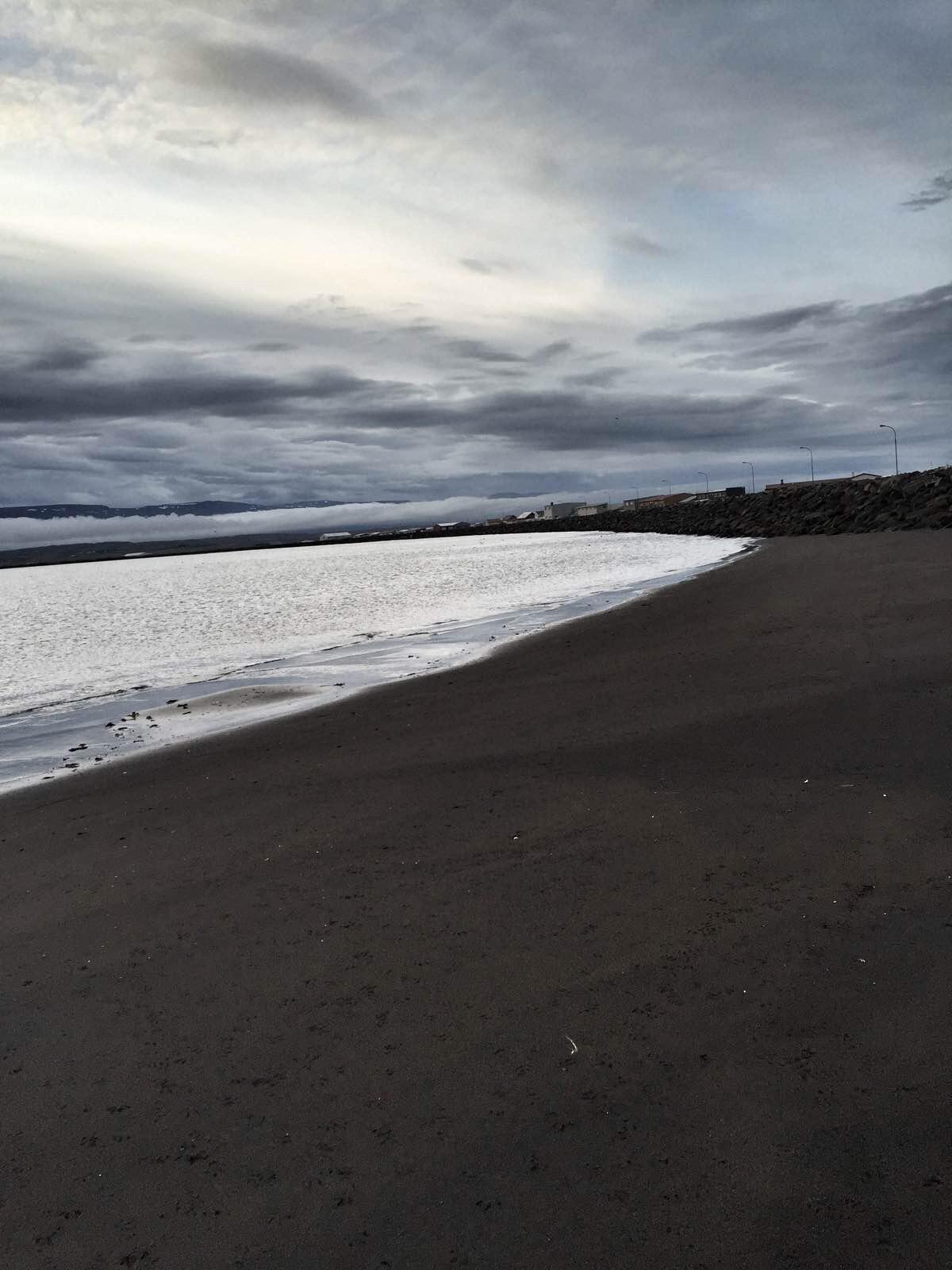 转转峡湾,去北边最大的城市,然后去胡萨港看鲸鱼 eyjnfjordur峡湾