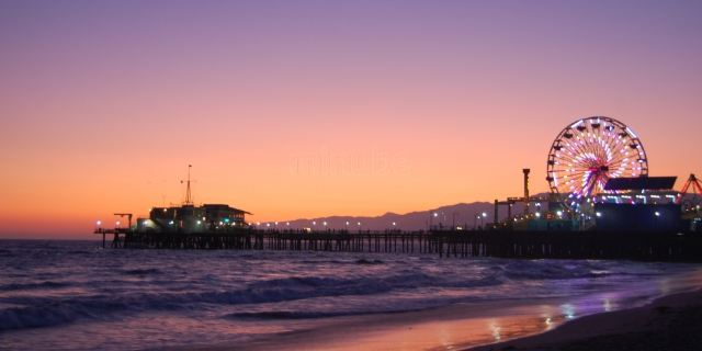 美国景点门票  >圣莫尼卡海滩
