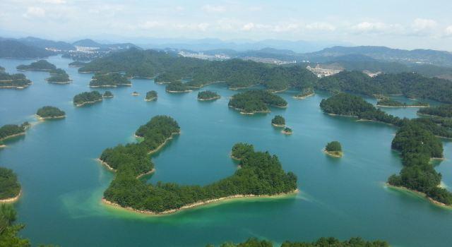 19日,沈阳-杭州-千岛湖,关键词:自驾 清晨,我们冒着中雨前往桃仙机场
