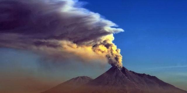 默拉皮火山-介绍,门票,点评,照片,视频,攻略,线路