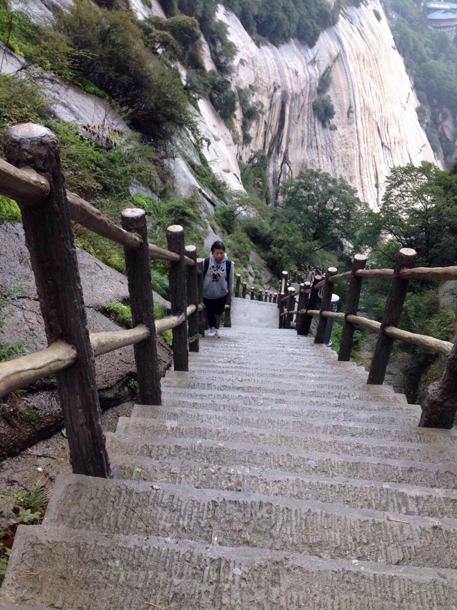 华山智取华山登山到入口                    图片