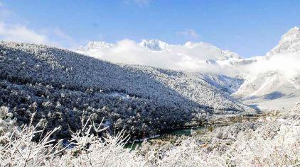 玉龙雪山.jpg