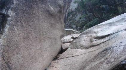 鄣山大峡谷 (2).jpg