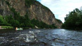 库尔滨河漂流