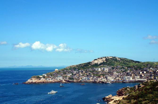 舟山群岛最东端,主要包括庙子湖岛,东福山岛,黄兴岛,青滨岛和西福山岛