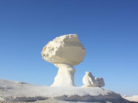 埃及开罗 巴哈瑞亚 沙姆沙伊赫8日跟团游(4钻)·黑白沙漠 沙漠露营