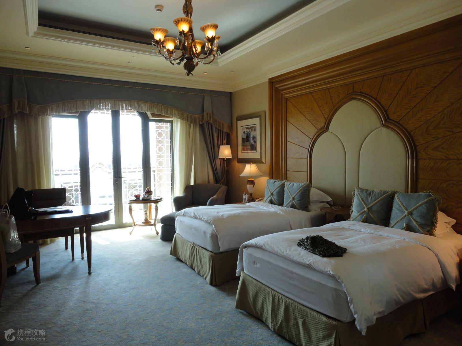 阿联酋阿布扎比+迪拜帆船酒店6日4晚跟团游·帆船