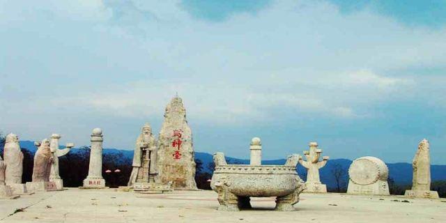 怎么走):  陕西省宝鸡市扶风县涧沟桥旁野河山景区  标签: 旅游景点