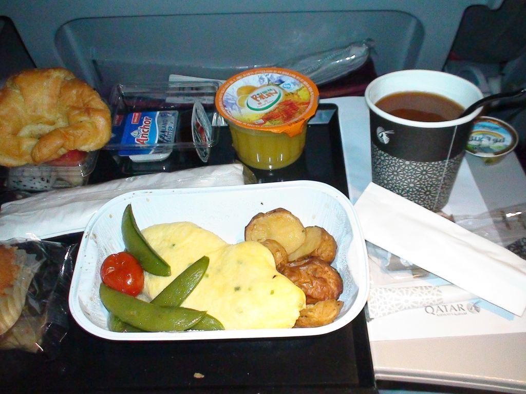 飞机上的早餐--土豆面包