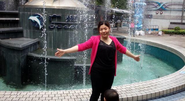 广州动物园和海洋馆!
