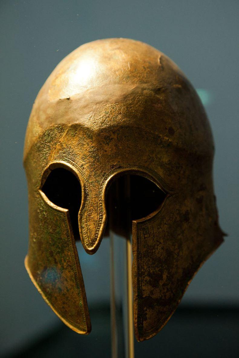 希腊头盔矢量图