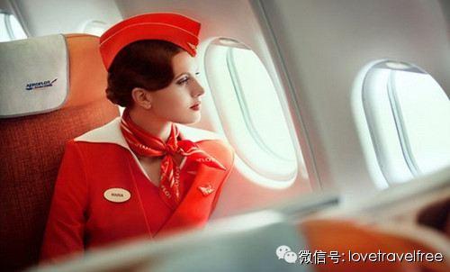 飞机上如何搭讪空姐