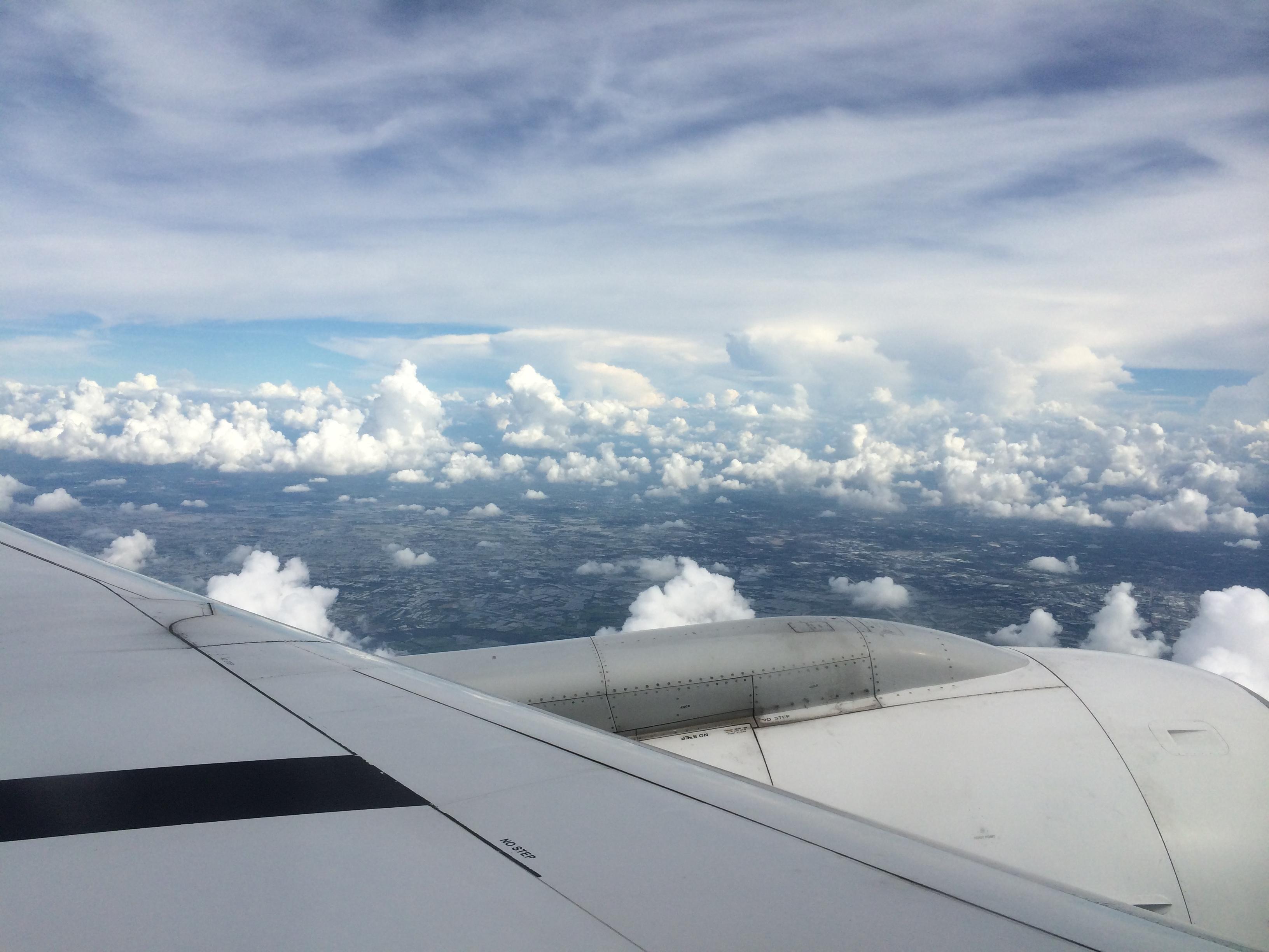 曼谷到普吉岛飞机上