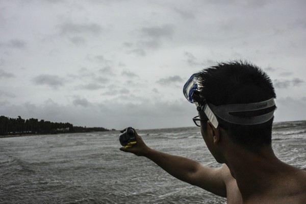 一个人的台风眼-super typhoon yolanda