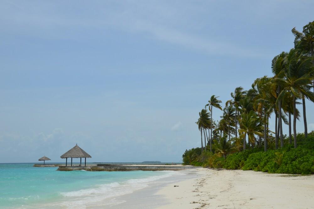 之所以选择双鱼岛,就是喜欢它这白色的沙滩.