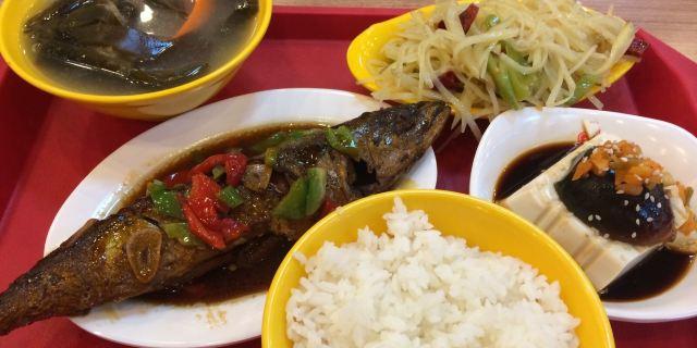 顺旺基中式快餐(泰山路店)