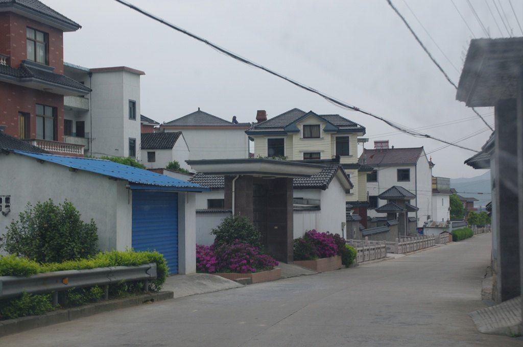 浙江的农村喜欢造别墅