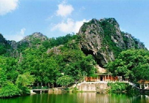 崆峒岩_崆峒岩风景区图片