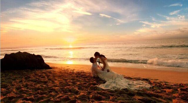 巴厘岛美丽的婚纱照