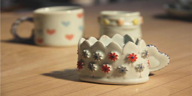 可爱杯子陶艺图片