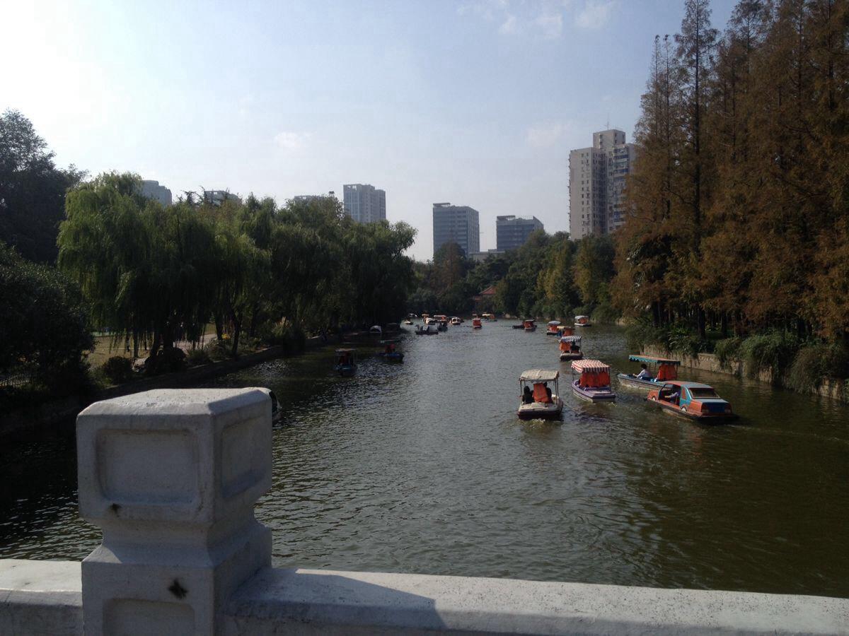 上海环球港与长风公园