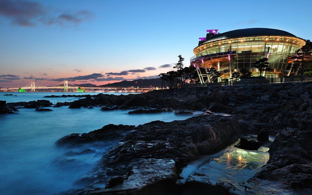 韩国釜山 庆州5日4晚跟团游 3钻 广州往返 半自助游
