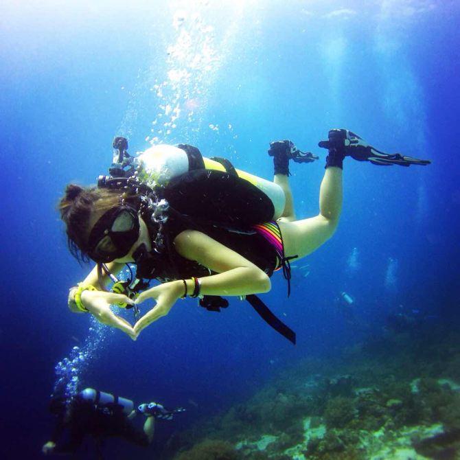 菲律宾薄荷岛:潜水 沙滩派对 巧克力山 眼镜猴 蜜蜂农场 大教堂 龙