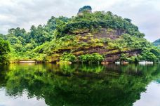 翔龙湖-丹霞山