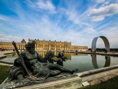 法国凡尔赛宫+吉维尼莫奈花园+奥维尔小镇一日游