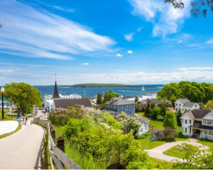 Mackinac Island and 12 Great Michigan State Parks That Are Worth Visiting