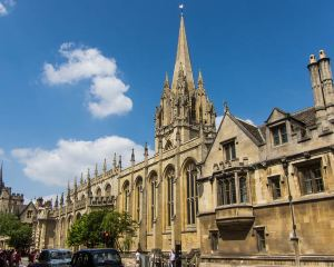 Visiting Oxford City? These 12 Places Should Not Be Missed!
