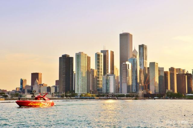 Navy Pier: Chicago's Most Fascinating Neighborhood for Families