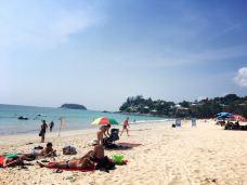 卡塔海滩-普吉岛-一只开不了口的喵