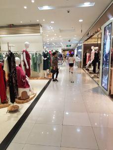 铜锣湾国际购物中心-太原-玩玩月儿