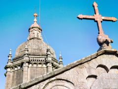 圣地亚哥德孔波司戴拉教堂一日游