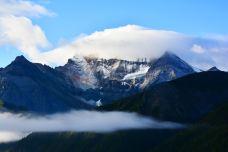 三神山-稻城-牛奶海