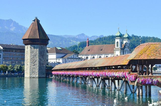 Come to Lucerne, Find Beautiful Scenery and Delicacies