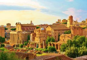 A Locals' Guide to Rome